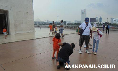 Monumen Nasional - di atas Cawan Monas.2