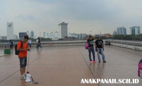 Monumen Nasional - di atas Cawan Monas.3